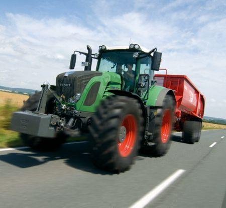 Fokozat nélküli hajtóművel szerelt traktorok