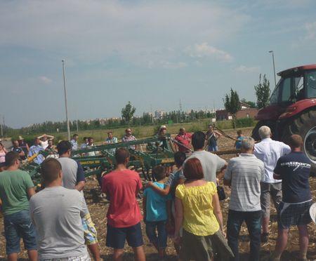 82_2 FARMER EXPO WINGMASTER