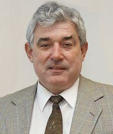 77.Dr. Lakatos
