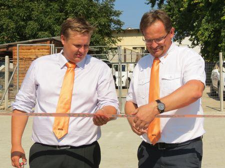 Stréb Péter és Pallós Mihály szalagátvágással avatták fel az új nemesítési központot