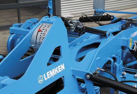 4. ábra: hidraulikus mélységállító szántóföldi kultivátoron (Forrás: www.lemken.com)