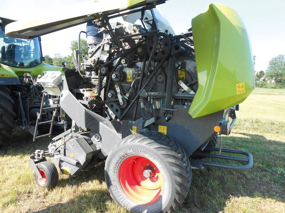 20-claas-rollant_3