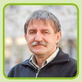dr-piukovics-laszlo-pioneer