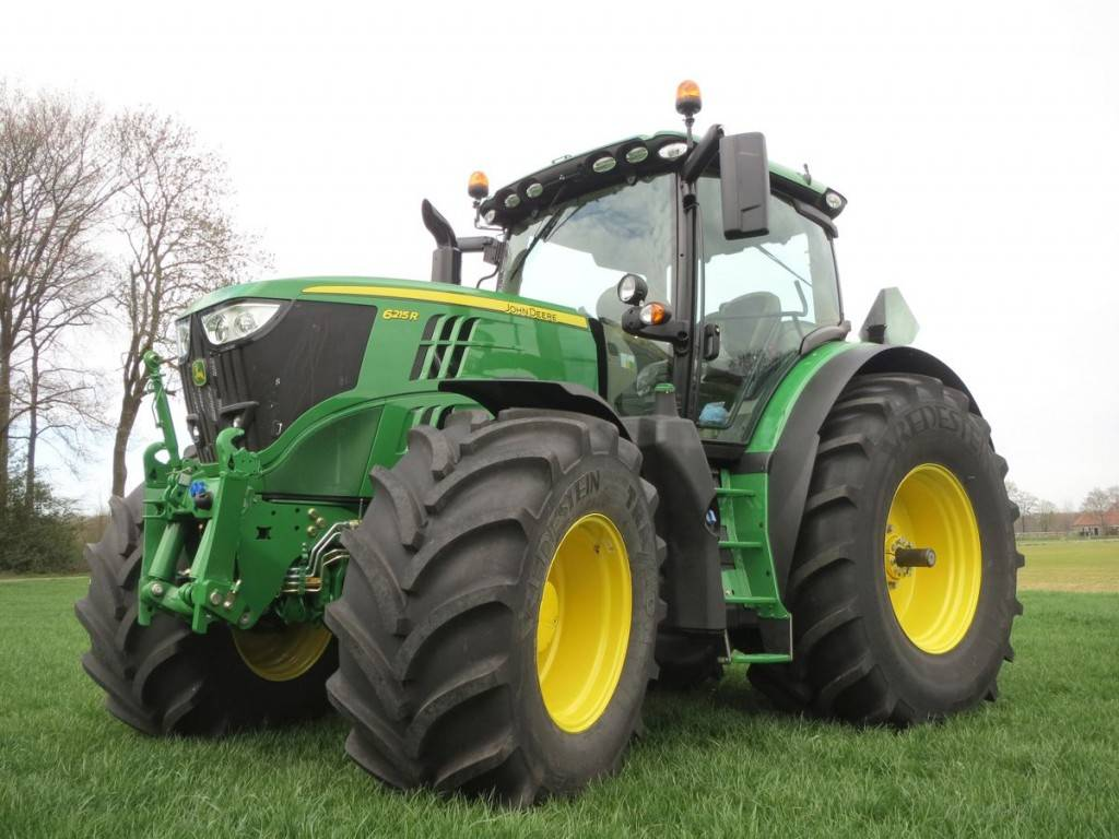 03-vredestein-tyres-now-available-on-new-john-deere-tractors-k