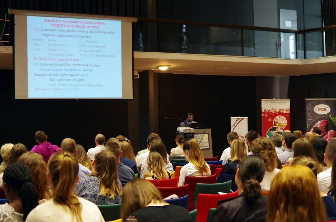 gmo_konferencia3