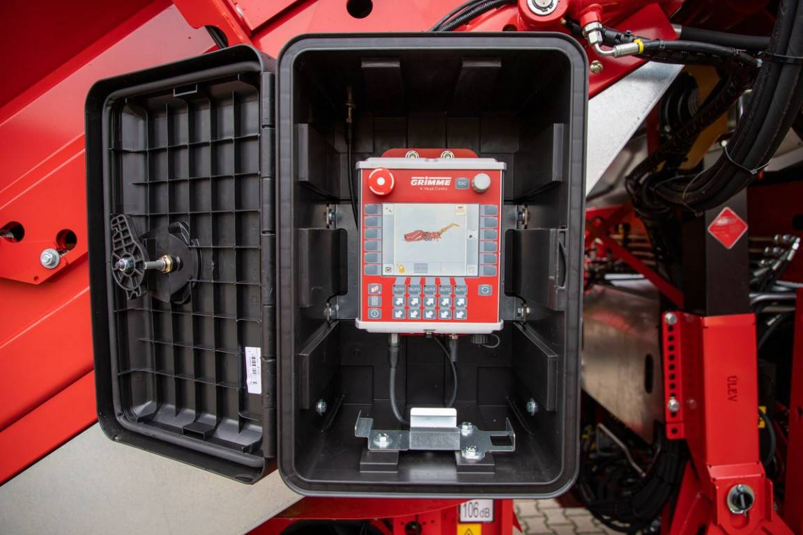 ©grimme_protective casing for operator unit (1)-k