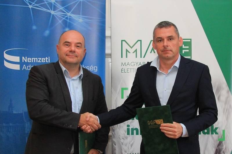 mate_navÜ_megállapodás_gál_andrás_levente_gyuricza csaba_11